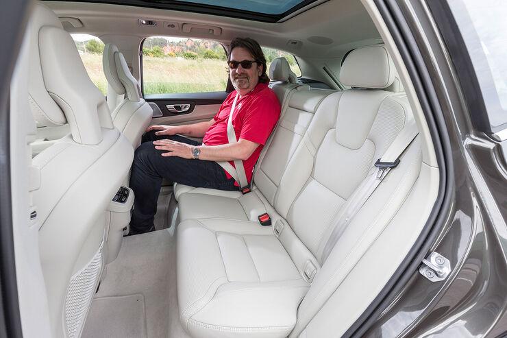 Volvo-XC60-fotoshowBig-e5cc3337-1071355.jpg