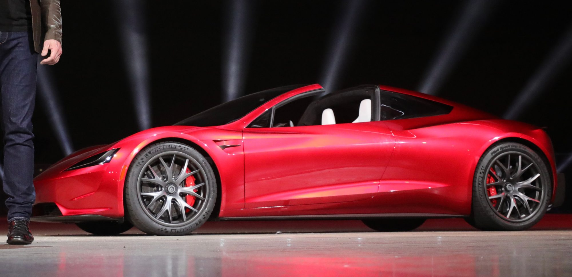 Tesla-Roadster-hero_large.jpg