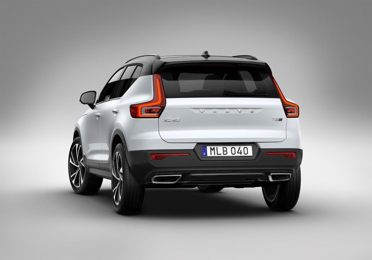 213064_New_Volvo_XC40_exterior.jpg