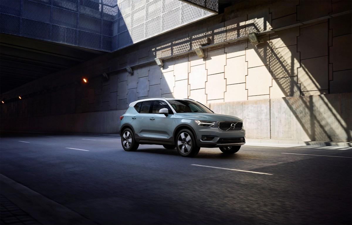 213083_New_Volvo_XC40_exterior.jpg