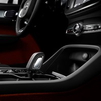 213044_New_Volvo_XC40_interior.jpg