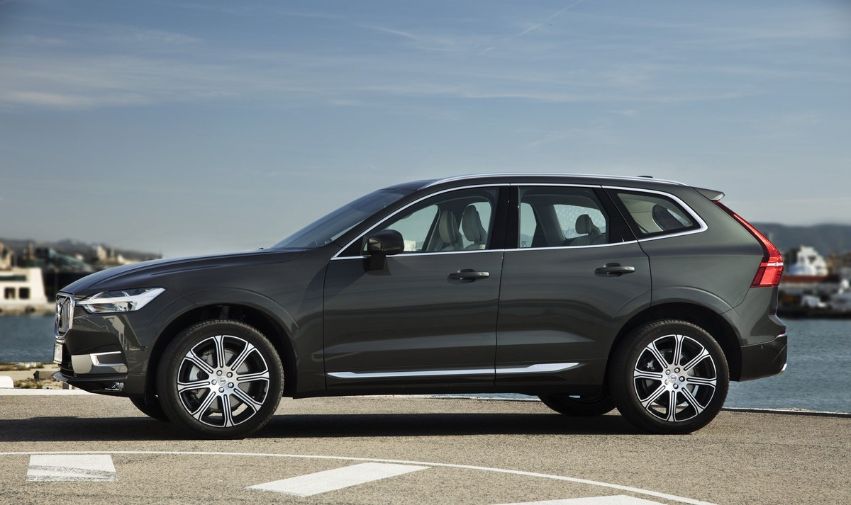 208149_The_new_Volvo_XC60_D5.jpg