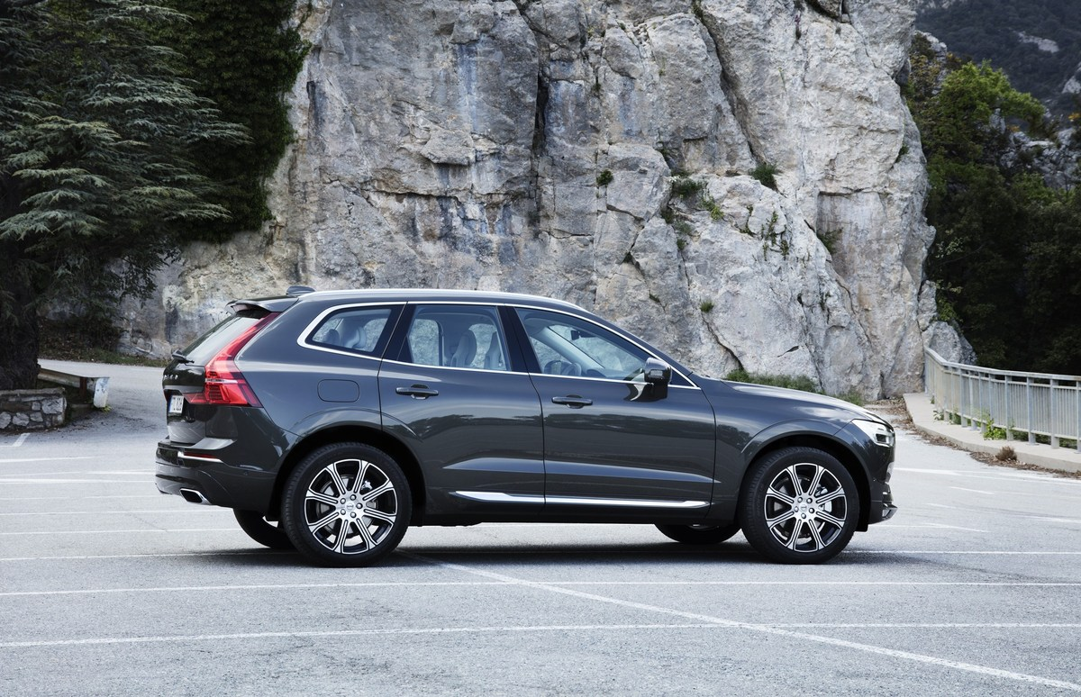 208150_The_new_Volvo_XC60_D5.jpg
