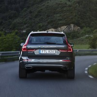 208152_The_new_Volvo_XC60_D5.jpg