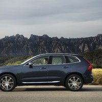 208162_The_new_Volvo_XC60_T6.jpg