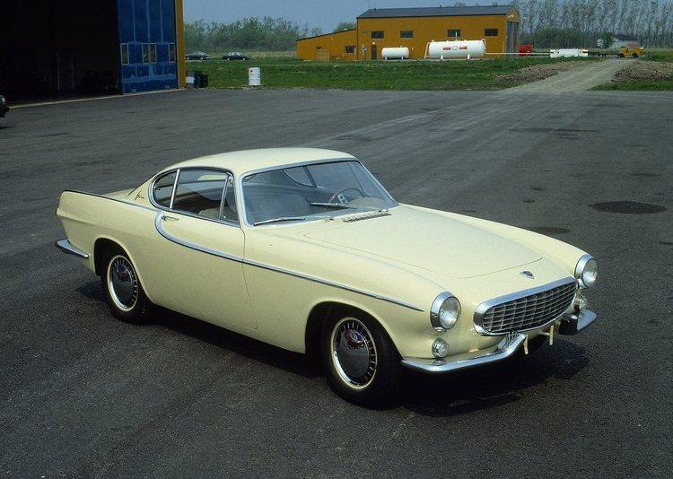 1966 Volvo P1800.jpg